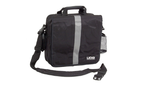 UDG Courier Bag Dlx Black