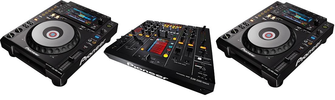 Pioneer DJ 2 x CDJ-900 Nexus + DJM-2000 Nexus + Flightcase